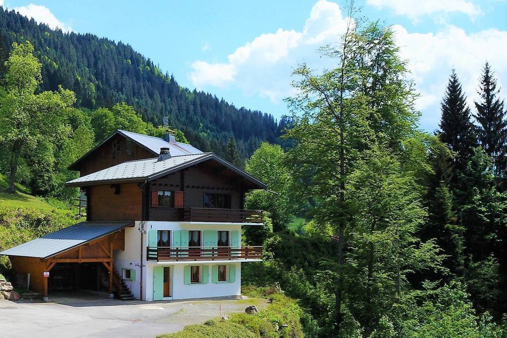1445 Chalet in Les Carroz